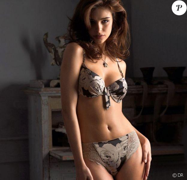 La jolie Fernanda Prada, exquise, prend la pose pour La Redoute.