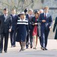 Jour de commémoration à Windsor : le 30 mars 2012 au matin, les royaux britanniques se remémoraient, à l'initiative de la reine Elizabeth II, les regrettées reine mère et princesse Margaret, respectivement décédées à 101 et 71 ans en 2002.