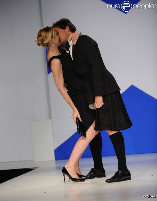 kelly rutherford matthew settle relationship with god