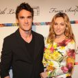 Kelly Brook et Thom Evans assistaient au défilé From Scotland With Love au Liberty Theater. New York, le 2 avril 2012.