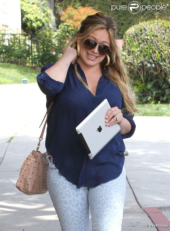 Hilary Duff, quelques jours après son accouchement, à Los Angeles, le 29 mars 2012.