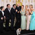 L'équipe de  The Artist  dans l'euphorie, après les cinq Oscars du film en février 2012.