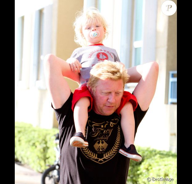 Boris Becker et son petit Amadeus le 9 avril 2012 à Miami