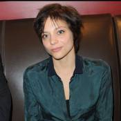 Lizzie Brocheré : Une Frenchie dans l'horreur d'Hollywood avec Adam Levine