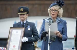 Camilla, élégante citoyenne d'honneur et fidèle lieutenant du commandant Charles