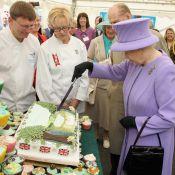 Elizabeth II passe déjà au gâteau, celui du mariage de William et Kate en vente