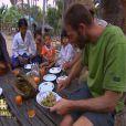 Bertrand et Coumba profitent dans Koh Lanta : La Revanche des héros le vendredi 4 mai 2012 sur TF1