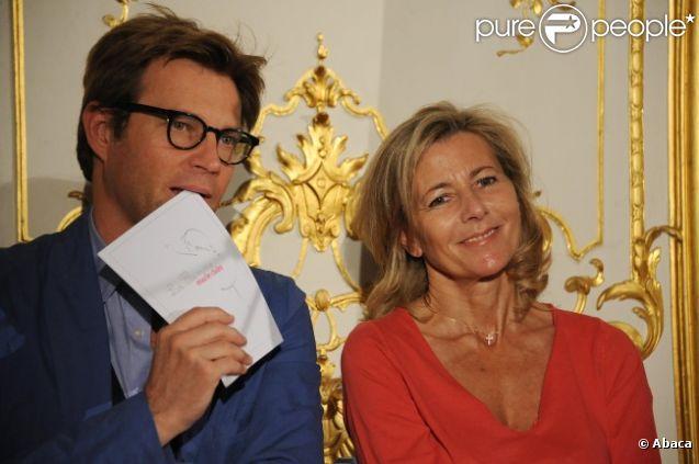 Laurent Delahousse et Claire Chazal lors de la conférence de presse pour le lancement de la troisième édition de La flamme Marie Claire, à Paris, le 10 mai 2012