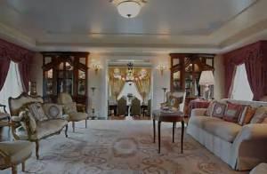 Céline Dion : Visitez sa maison qu'elle vend à plus de 23 millions d'euros !