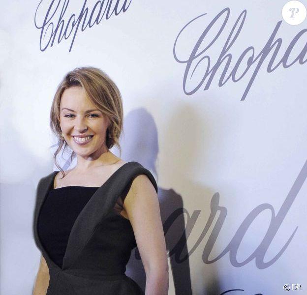 Kylie Minogue en Emilio Pucci au Carlton Cinéma club, à Cannes, le 23 mai 2012.