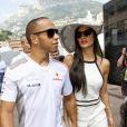 Lewis Hamilton et Nicole Scherzinger dans le paddock du Grand Prix de Monaco le 27 mai 2012