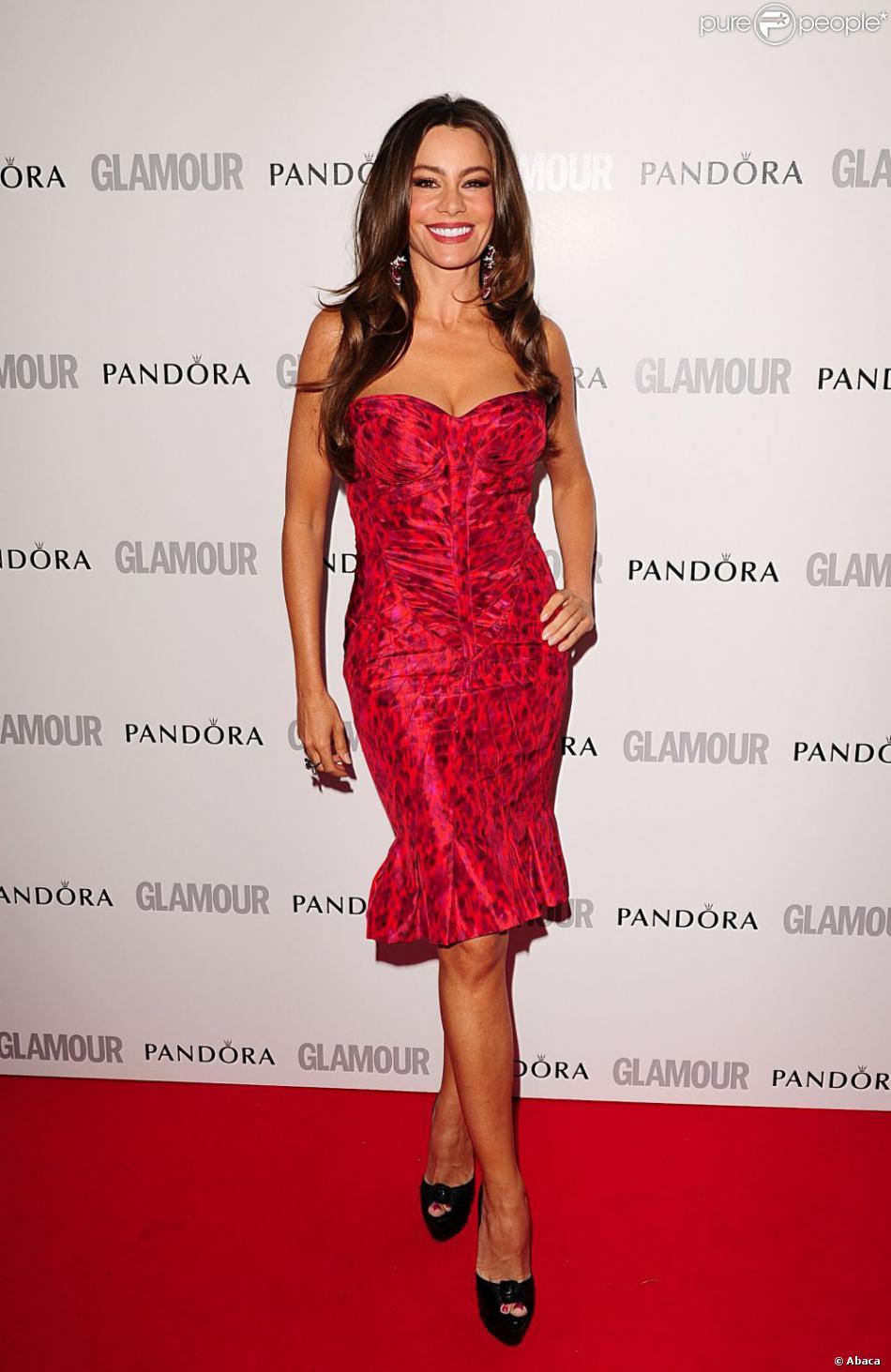 acheter populaire a538c 9ade0 Sofia Vergara en robe Zac Posen et souliers Christian ...