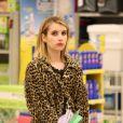 Emma Roberts se rend dans une pharmacie à Los Angeles, le 18 mai 2012.