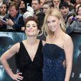 Charlize Theron et Noomi Rapace à l'avant-première de  Prometheus  à Londres, le 31 mai 2012.