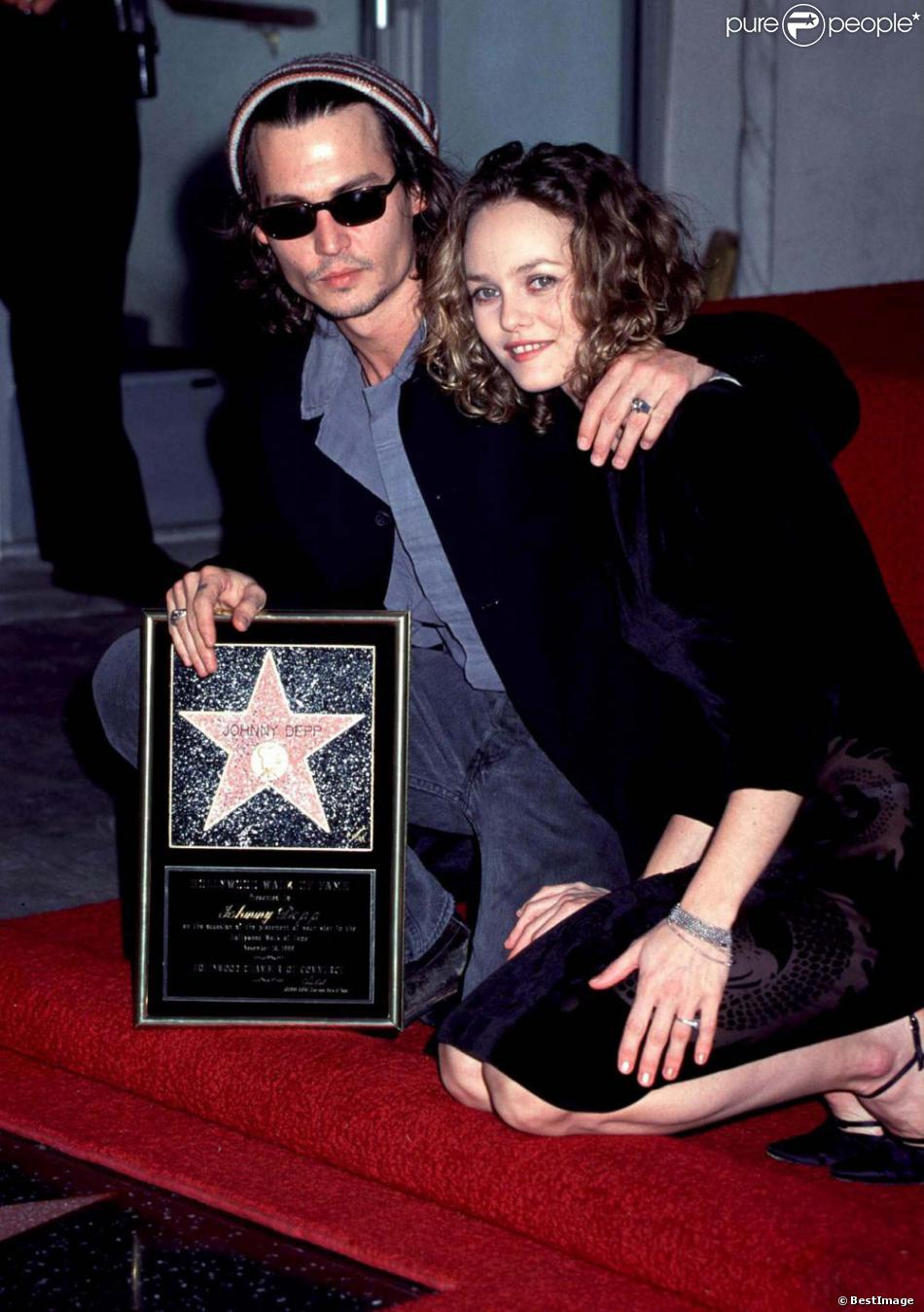un couple mythique johnny et vanessa paradis en 1999 purepeople. Black Bedroom Furniture Sets. Home Design Ideas