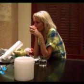 Anges 4 : Marie quitte l'aventure, Myriam s'en prend à Julia, en larmes