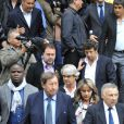 Patrick Bruel, Basile Boli, Guy Roux, Jean-François Lamour lors des obsèques de Thierry Roland le 21 juin 2012 en l'église Sainte-Clotilde à Paris