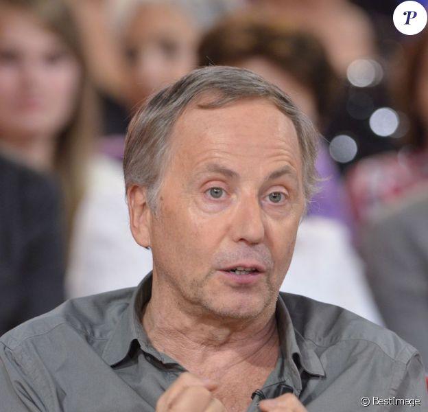 Fabrice Luchini sur le plateau de Vivement Dimanche, le 2 novembre 2011.