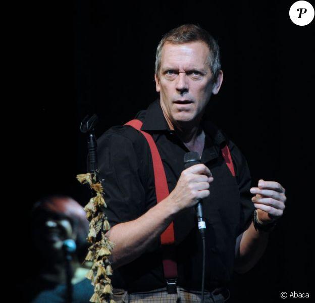 Hugh Laurie en concert à Moscou le 25 juin 2012.