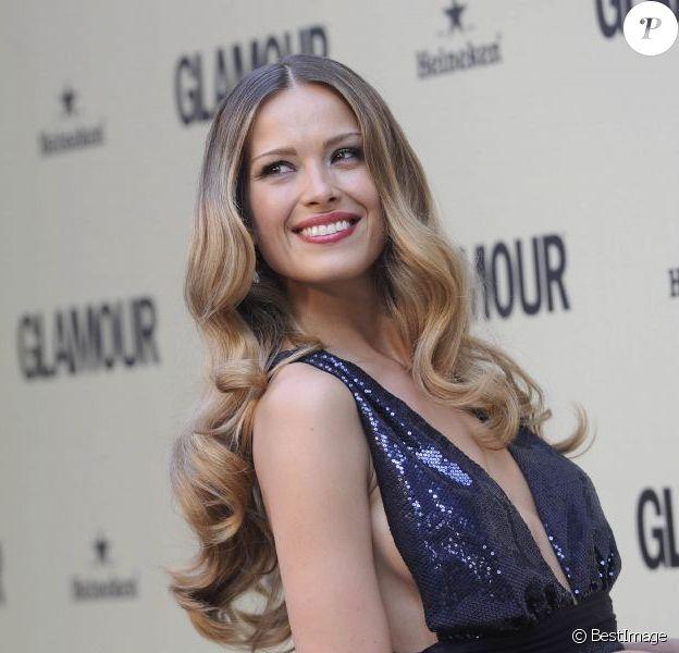 Petra Nemcova était la star de la soirée des dix ans du magazine Glamour Espana à l'ambassade d'Italie. Madrid, le 26 juin 2012.