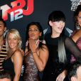 Julia, Bruno, Myriam, Ayem, Thomas et Aurélie lors du showcase des Anges de la télé-réalité 4 au Ice Baar des Chalos-Elysées le 27 juin 2012 à Paris