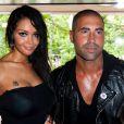 Sofiane et Nabilla lors du showcase des Anges de la télé-réalité 4 au Ice Baar des Chalos-Elysées le 27 juin 2012 à Paris