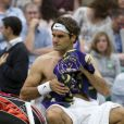 Roger Federer en demi-finale du tournoi de Wimbledon, affronte le Serbe Novak Djokovic. Londres, le 6 juillet 2012.