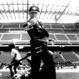 Madonna en pleine répétition. Image extraite de  Inside the DNA of MDNA , dans les coulisses du MDNA Tour à Rome, le 12 juin. Réalisé par Stéphane Sennour.