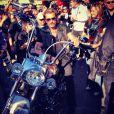 Johnny Hallyday, sur une Harley à son effigie, participe à la randonnée du courage Pat Burns pour la recherche contre le cancer, à Québec, le 10 juillet 2012.
