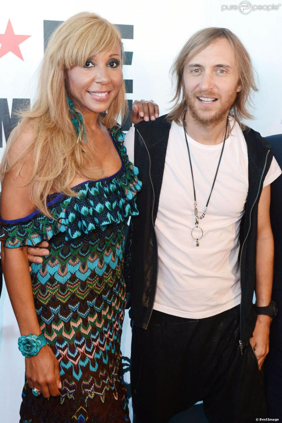 david guetta et sa femme cathy inaugurent le f me i 39 m famous lounge club au coeur de l. Black Bedroom Furniture Sets. Home Design Ideas