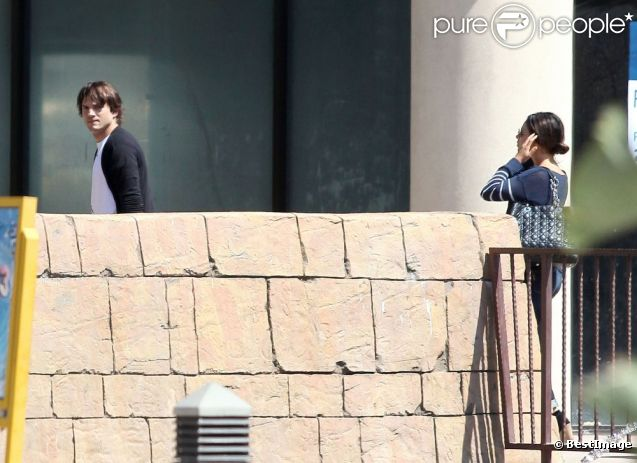 Mila Kunis et Ashton Kutcher : Dimanche en amoureux avec un super ...