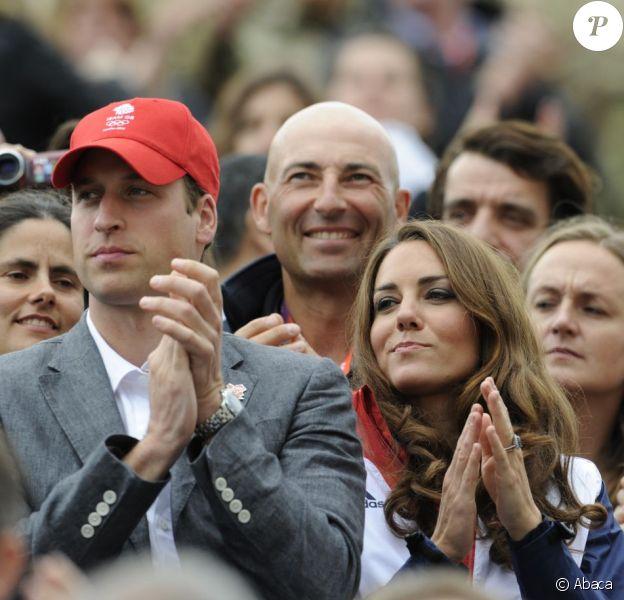 Nicolas Canteloup a profité d'une place de roi, juste derrière Kate Middleton et le prince William, lors de la finale du concours complet par équipes des Jeux olympiques de Londres, le 31 juillet 2012 à Greenwich Park. D'autant que la famille royale britannique était en fête avec la médaille d'argent de Zara Phillips et ses partenaires.