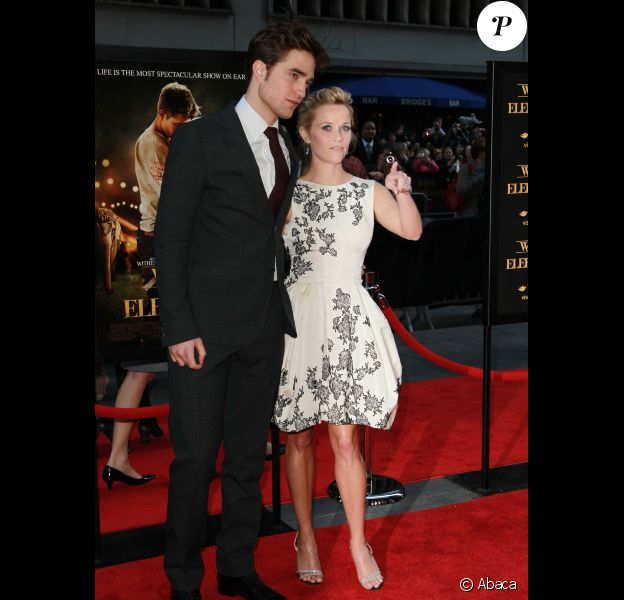 Robert Pattinson et Reese Witherspoon le 17 avril 2011 à New York