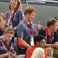Le prince Harry jeudi 2 août 2012 au vélodrome de Stratford pour la finale de la vitesse sur piste aux Jeux olympiques.