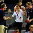 Kate Middleton et le prince William à leur arrivée jeudi 2 août 2012 au vélodrome de Stratford pour voir le trio britannique Philip Hindes-Chris Hoy-Jason Kenny décrocher la médaille d'or de la vitesse sur piste aux Jeux olympiques.