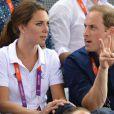 Très complices, Kate Middleton et le prince William ont vibré jeudi 2 août 2012 au vélodrome de Stratford pour la médaille d'or du trio britannique Philip Hindes-Chris Hoy-Jason Kenny, champions de la vitesse sur piste aux Jeux olympiques.