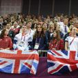 Kate Middleton aux JO de Londres le 5 août 2012 lors des finales masculines de gymnastique (cheval d'arçons et sol).