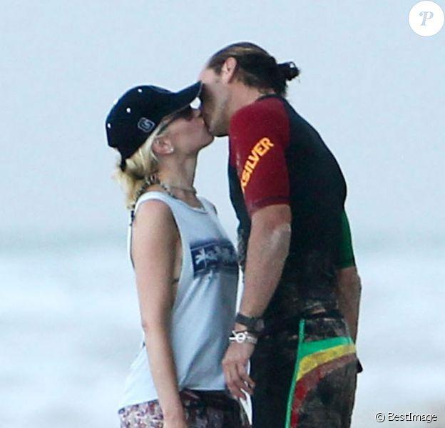 Très amoureux Gwen Stefani et son mari Gavin Rossdale, le 6 août 2012 à Palm Beach
