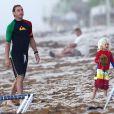 Gwen Stefani à la plage avec son mari Gavin Rossdale et leur fils Zuma, le 6 août 2012 à Palm Beach