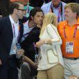 Le prince Carl Philip et le prince Daniel de Suède aux JO de Londres 2012. Peu après, le fils du roi Carl XVI Gustaf partait en vacances avec sa compagne Sofia Hellqvist sur la French Riviera, et se faisait agresser à la sortie du Baoli.
