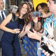 Jennifer Garner, très souriante, arrive sur le plateau du Late Show à New York, le 14 août 2012