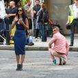 La jolie Kaya Scodelario a pris grand soin de piétiner Robbie Williams. Tournage de son nouveau clip le 16 août 2012 à Londres, avec la participation de la jeune actrice Kaya Scodelario, star de la série  Skins .