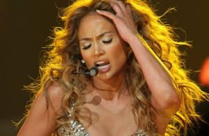Jennifer Lopez : sexy et déchaînée en concert, ses jumeaux seuls à la plage