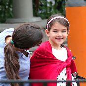 Katie Holmes : La petite Suri, de plus en plus souriante, est méconnaissable