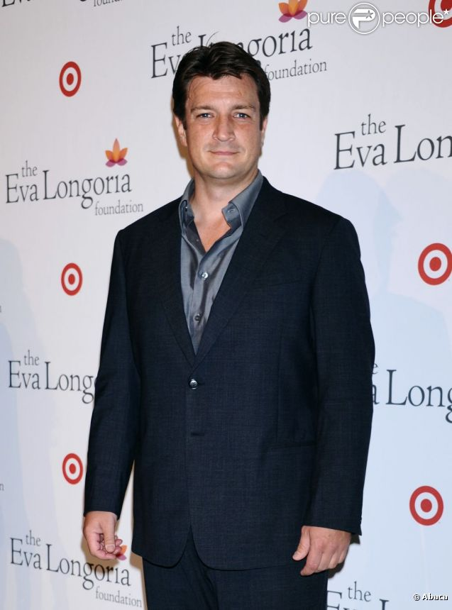 Nathan Fillion au dîner donné par The Eva Longoria Foundation à l'occasion des ALMA Awards. Los Angeles, le 15 septembre 2012