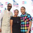 Snoop Dogg avec sa femme Shante Broadus et son fils Corde Calvin à Los Angeles le 19 juillet 2010.