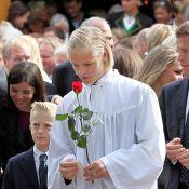 Princesse Mette-Marit : La famille réunie pour la confirmation de Marius