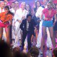 Jamel Debbouze fait le show sur le plateau d'enregistrement du Plus Grand Cabaret du Monde diffusé le 6 octobre sur France 2 et animé par Patrick Sébastien