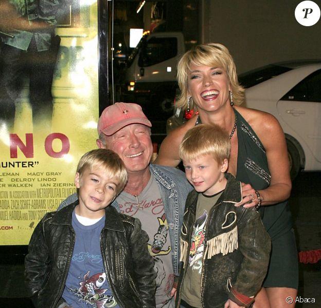 Tony Scott, sa femme Donna et leurs enfants Max et Frank à Hollywood en 2005.