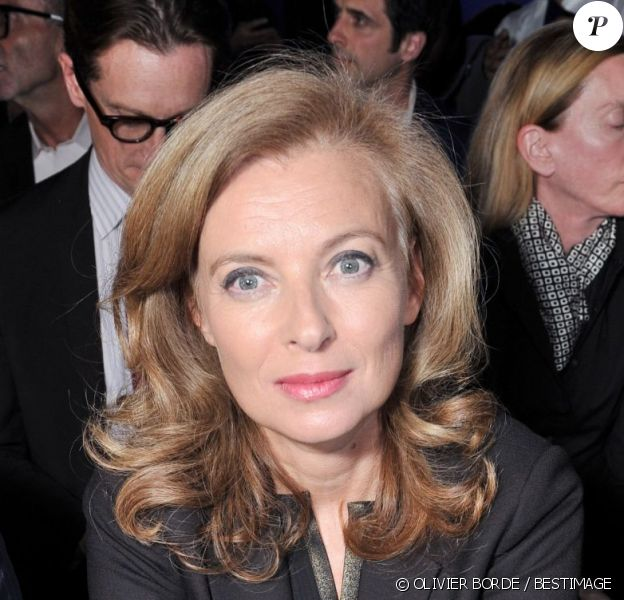 Valérie Trierweiler au défilé Saint Laurent Paris, le 1er octobre 2012.